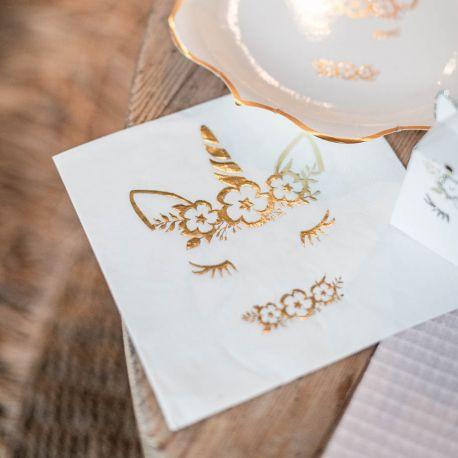 16 superbes serviettes en papier avec dorure représentant une licorne pour une belle décoration de table douce, féérique et étincellante...