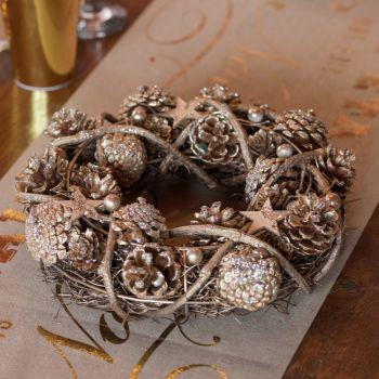 Couronne de bois et pommes de pins pailleté or