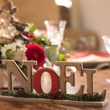 Joyeux Noël en bois décor traditionnelle