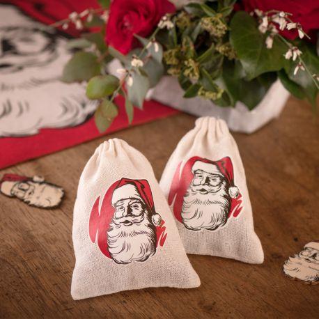 2 Pochons en coton décor Père Noël d'antan pour une belle décoration de table de NoëlDimensions : 11cm x 14cm