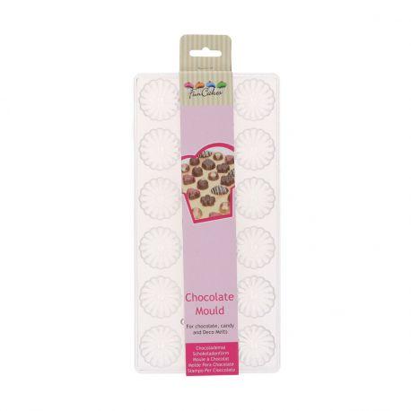 Créez de jolis chocolats finement détaillés grâce au moule en forme de torsade de FunCakes.Ce moule à...