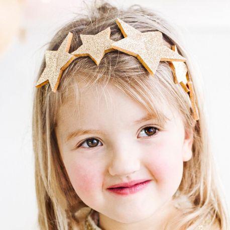 Superbe headband avec étoile pour être la princesse d'un jour pour son anniversaireDimensions: 12cm