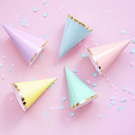 6 chapeaux de fête en carton assortis pastel pour faire une décoration d'anniversaire ultra tendance!Dimensions : Ø16cm