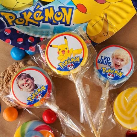 Lot de 10 sucettes personnalisées sur le thème Pokemonpour vos fêtes, anniversaires et événements. Choisissez votre coloris à...