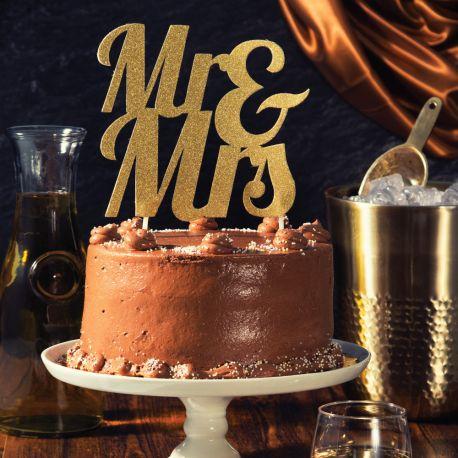 Décor Mrs & Mrs or pailleté à piquer sur votre gâteau d'anniversaireDimensions: 18 x 23cm