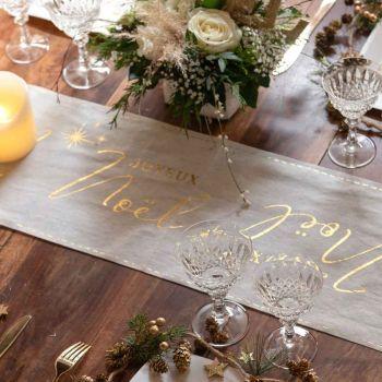 Chemin de table Joyeux Noël couture blanc/or