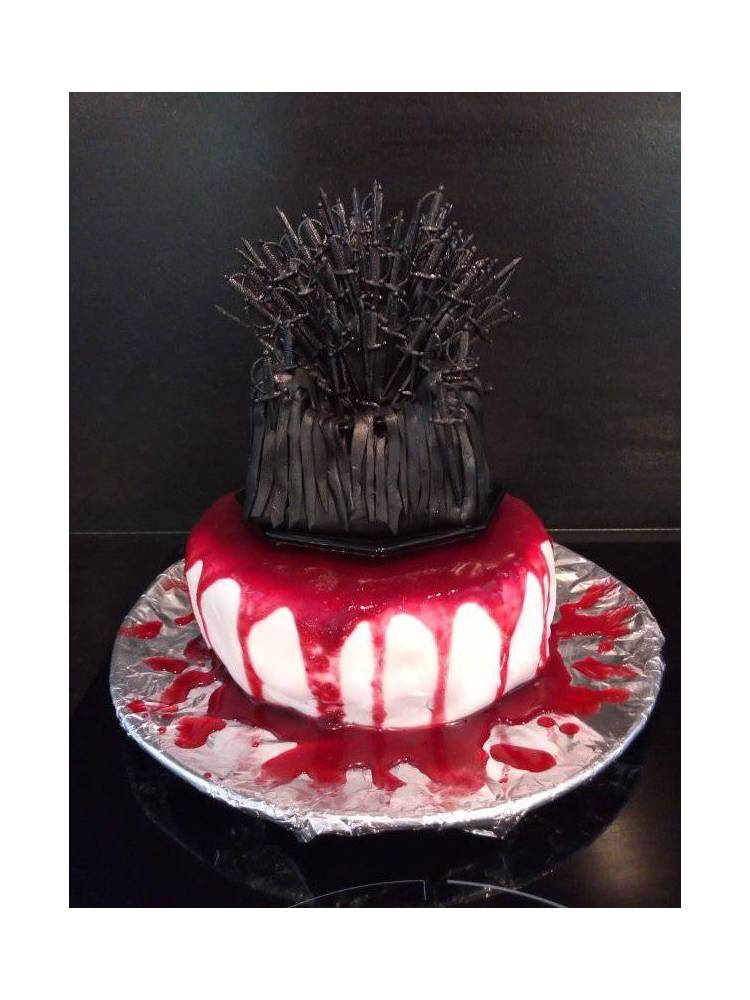 Gâteau anniversaire Games of throne